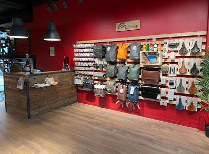Intérieur magasin de vélos Genève Charmilles